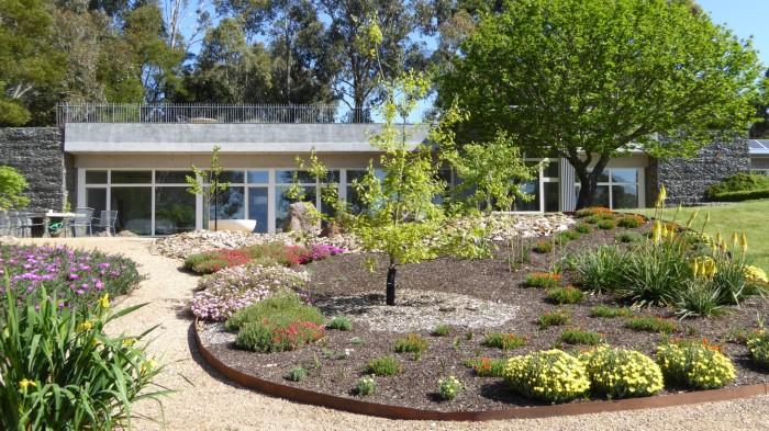 tour-some-garden